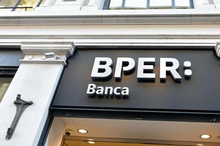 Borsa: Bper giù dopo i conti e ok a nozze con Unipol Banca