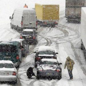Maltempo: Autobrennero, 12 km di fila per neve