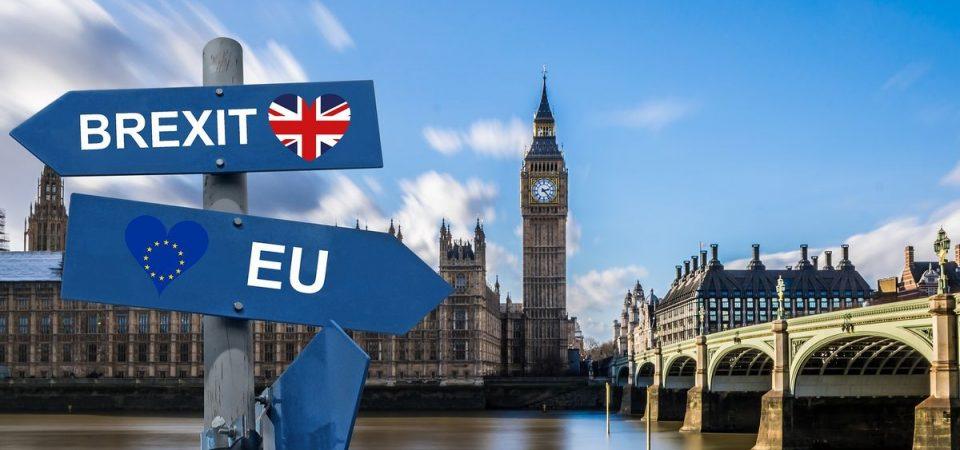 Le Borse appese al voto sulla Brexit