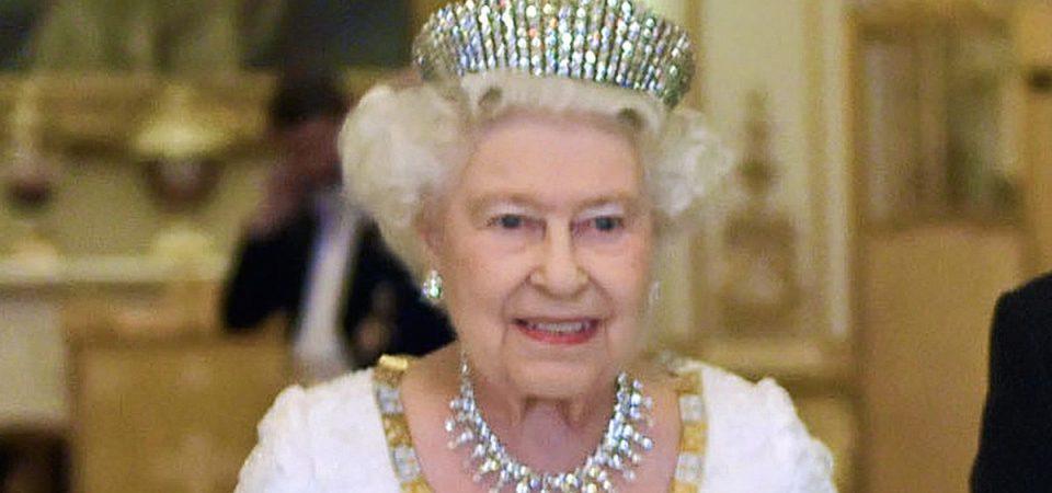 Brexit, Regina e Royal Family in luogo segreto se c'è no deal