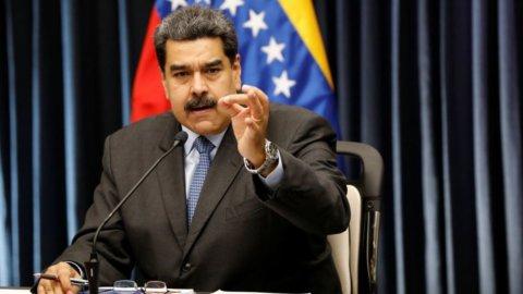 """Venezuela: """"Maduro illegittimo"""", ma Italia non si schiera"""