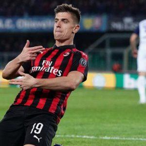 Il Milan espugna Verona, oggi tocca a Inter e Napoli