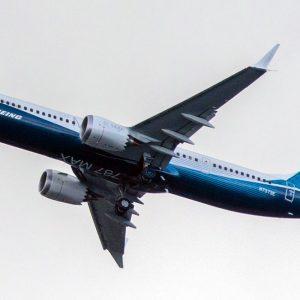 Boeing, anche l'Ue ferma il 737 Max: solo gli Usa resistono