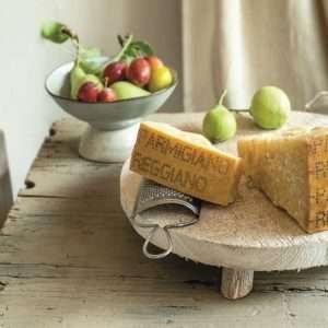 Nature: il Parmigiano Reggiano fa bene all'apparato digerente