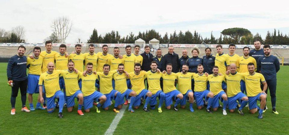 Calcio, Nazionale cantanti e Poste: sfida per la solidarietà