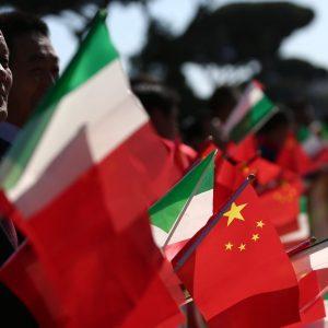 La Cina corre, l'Italia frena, May al quarto tentativo su Brexit