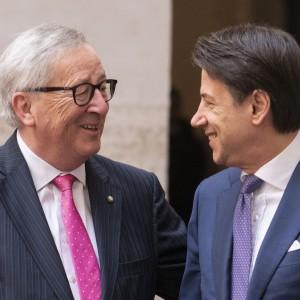 """Juncker: """"All'Italia servono sforzi supplementari per crescere"""""""