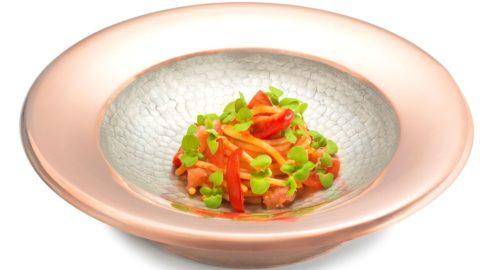 """La ricetta di Nino Di Costanzo: spaghettoni """"Gerardo di Nola"""" ai cinque pomodori"""