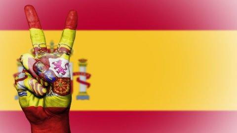 ACCADDE OGGI – Spagna: 41 anni fa la Costituzione e l'addio al franchismo