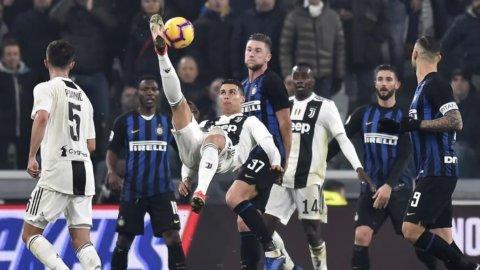 Calendario Serie A: subito Juve-Napoli e derby di Roma