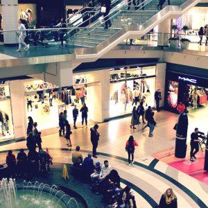 Il retail cambia: si punta sulla customer experience