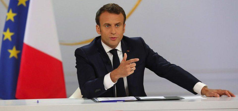 """Francia, Macron: """"Sopprimeremo l'Ena"""""""