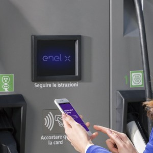 Mobilità elettrica, Enel X lancia la nuova App