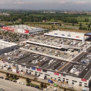 Torino, apre il parco commerciale più grande d'Italia