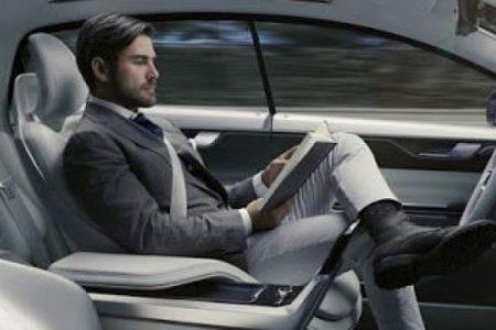 Auto a guida autonoma: entro il 2024 la userà 1 persona su 2