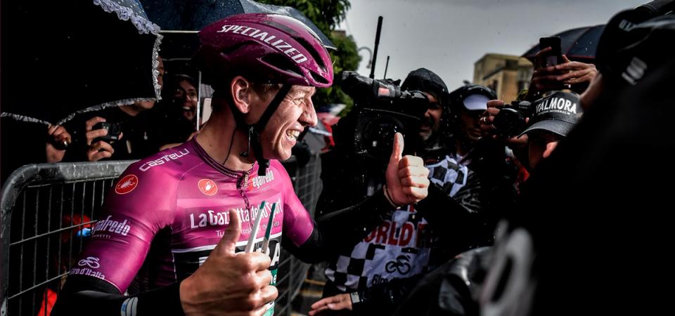 Giro d'Italia: Ackermann, secondo centro nel diluvio di Terracina