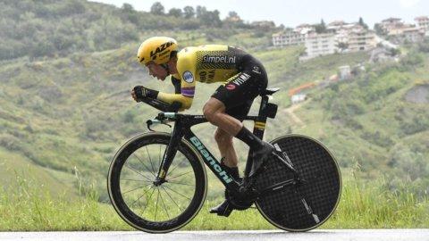 Giro d'Italia: Roglic stronca Yates, ma non Nibali