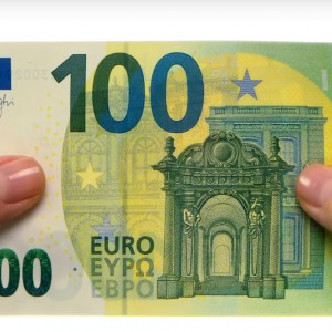 Banconote da 100-200 euro, debutto il 28 maggio: ecco come sono