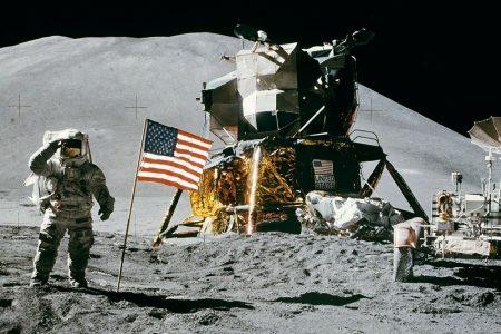 Dalla Luna a Marte, Leonardo celebra Apollo 11