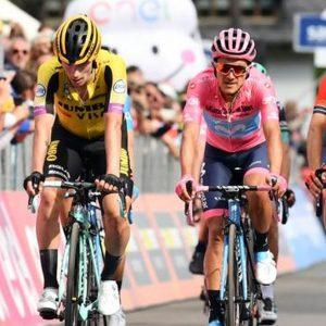 Giro d'Italia: Nibali ci prova ma non ce la fa, Carapaz resta in rosa