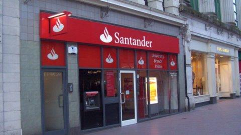 Banco Santander: l'utile cala meno del previsto, il titolo sale