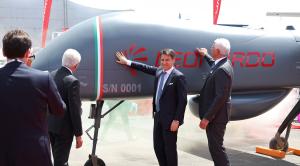 Conte e Profumo svelano il drone FalcoXplorer di Leonardo