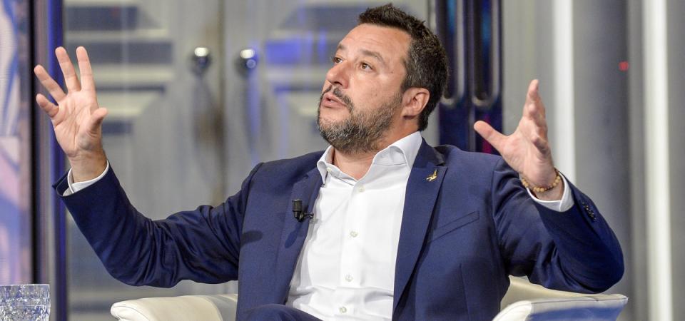 "Salvini vuole un condono sui contanti nascosti: ""Né tasse né patrimoniali"""