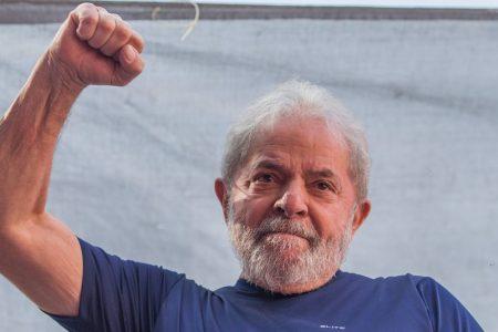 Brasile, Lula torna libero: la decisione della Corte