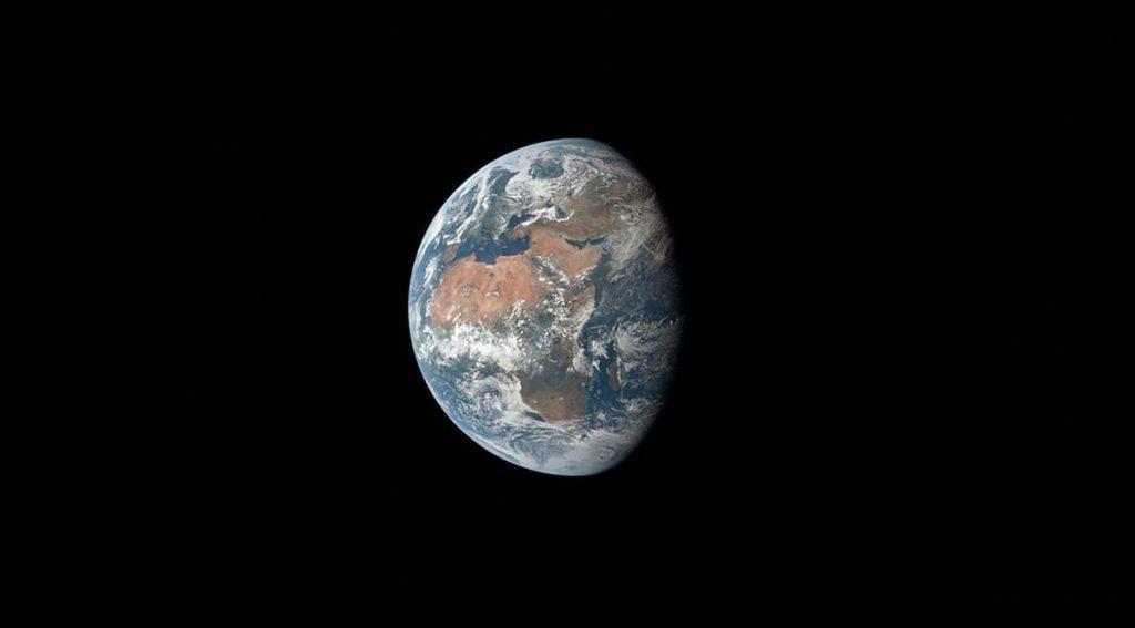 Foto della Terra scattata dall'Apollo 11