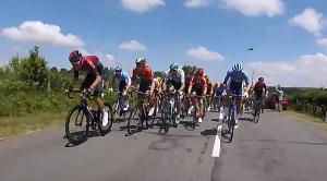 Ciclisti fanno ciclismo al Tour de France
