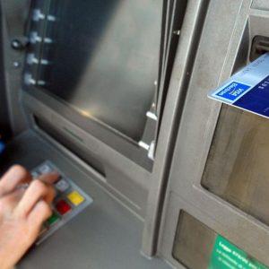 Banche e Poste: prelievi contante a rischio l'1 e 2 agosto