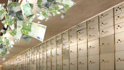 Cassette di sicurezza: il condono sui contanti prende forma