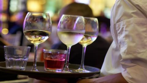 Dai ristoranti agli spostamenti: le nuove regole in 5 punti
