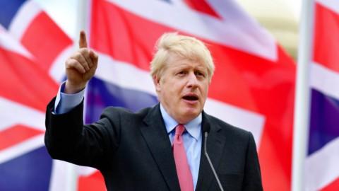 """Brexit, ecco la proposta di Johnson: """"È l'offerta finale"""