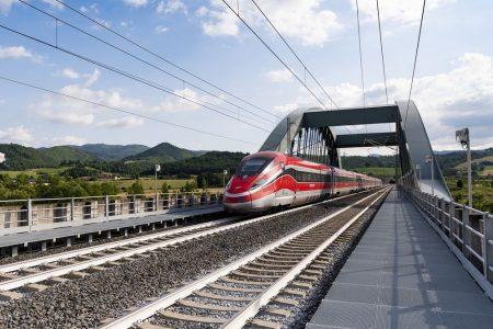 Treni, il Frecciarossa unisce l'Italia da Torino a Reggio Calabria