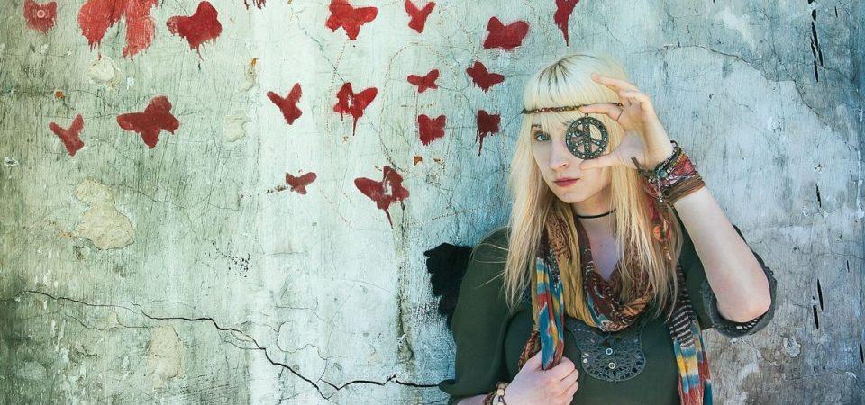 Dalla controcultura alla cybercultura: hippy o nerd?