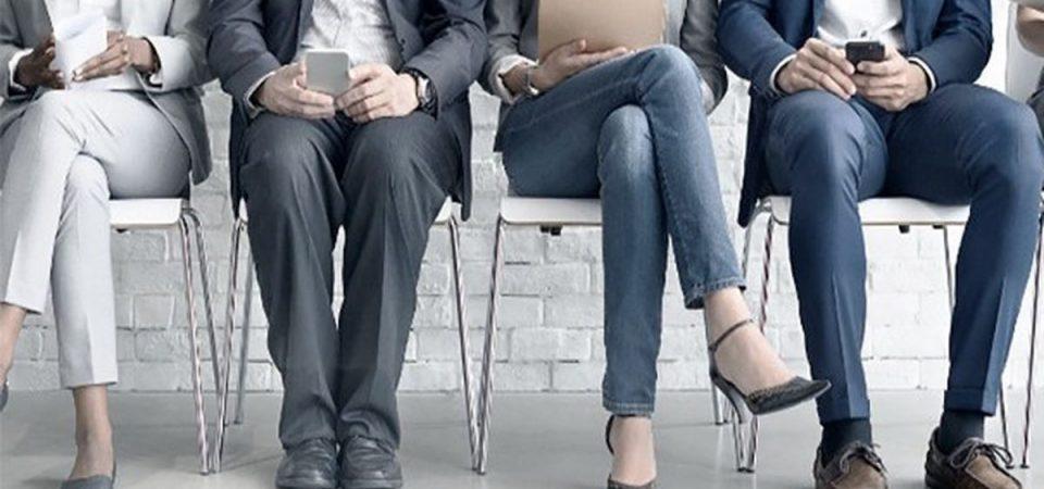 Lavoro: a 6 giovani su 10 serve laurea o diploma