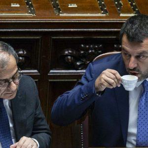 Manovra, scontro sulle misure: Tria vuole rigore, la Lega il deficit