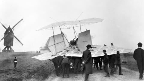 ACCADDE OGGI – Nel 1903 il volo del tedesco che batté (o quasi) i fratelli Wright