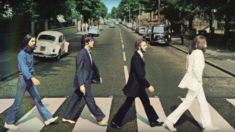 ACCADDE OGGI – Beatles Abbey Road, la foto che diventò leggenda
