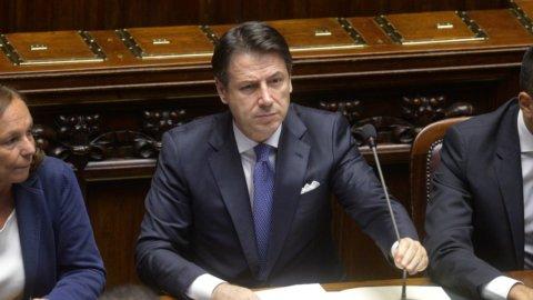 """Mes, Conte: """"Salvini non studia, Meloni allarmista"""""""