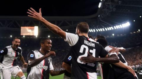 Juve-Napoli: giostra di gol, ma decide l'autorete di Koulibaly