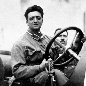 ACCADDE OGGI – Il 13 settembre 1940 Enzo Ferrari fonda il Cavallino
