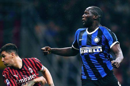 L'Inter stravince il derby e resta in testa davanti a una Juve sbiadita