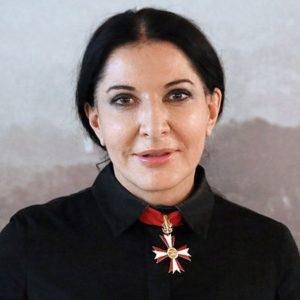 """Marina Abramović con """"tre performance"""" alla Veneranda Biblioteca Ambrosiana di Milano"""