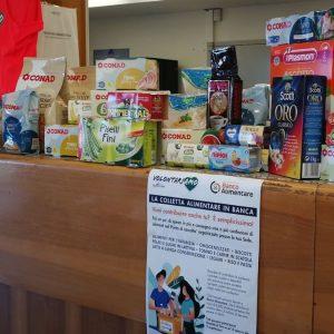 Banco Bpm-Banco Alimentare: raccolte 7 tonnellate di alimenti