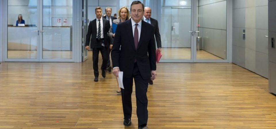 """Draghi, addio alla Bce: """"Il Qe parte il 1° novembre"""""""