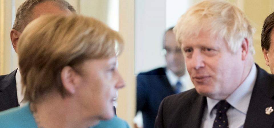 Brexit, Merkel a Johnson: così l'accordo è impossibile