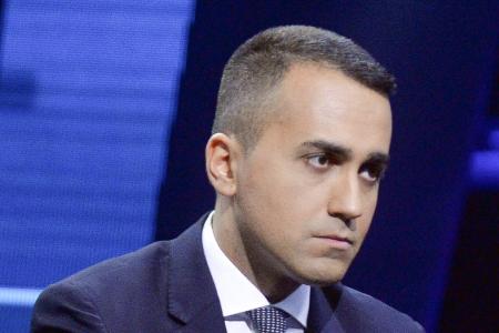 M5S contro Di Maio: liste in Emilia e Calabria e Conte trema