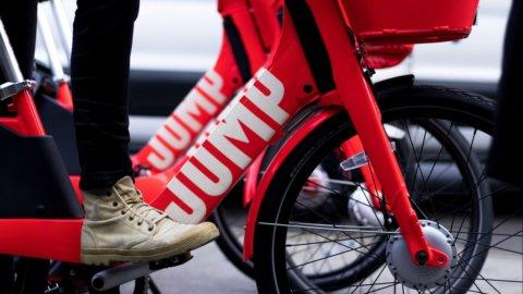 Uber, in Italia riparte dalle bici elettriche con Jump